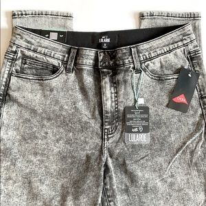 LulaRoe 32 Charcoal acid wash Skinny Jeans